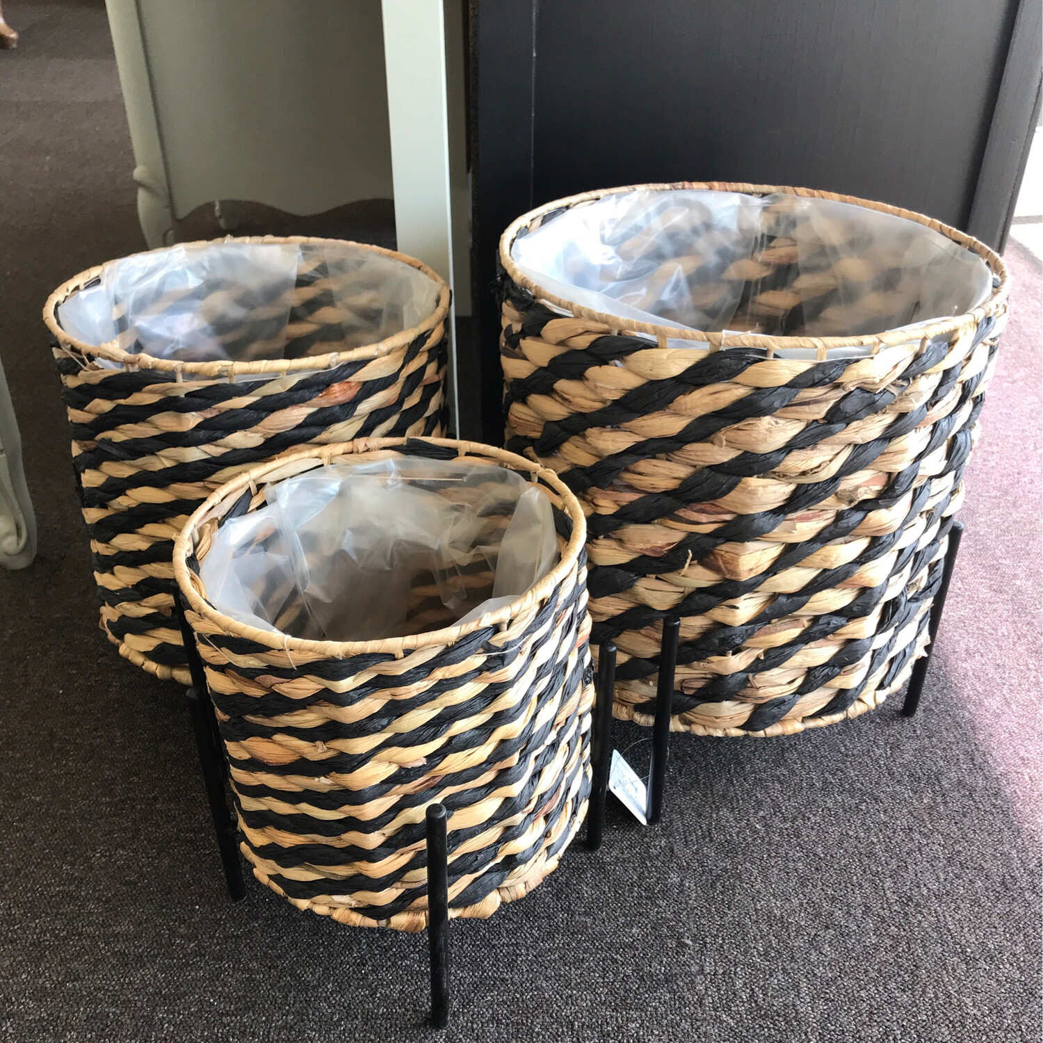 Set Of 3 Lined Plant Baskets