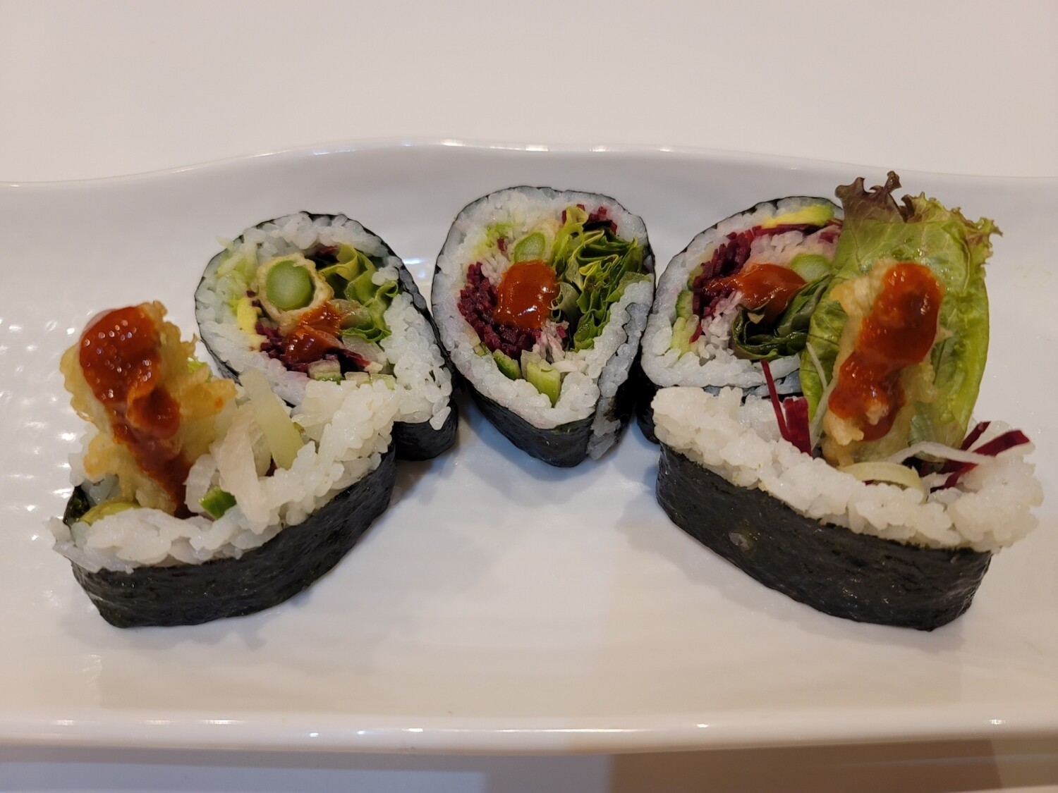 Spicy Mango Veggie Roll