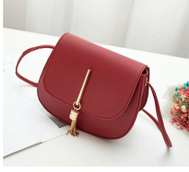 Elegant Ladies Clutch Bag