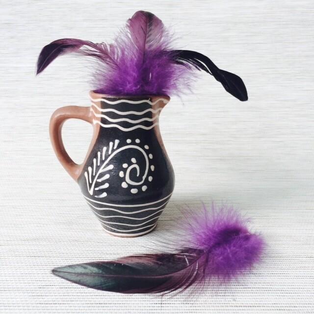 Перья петуха фиолетовые двухцветные 10 - 15 см. 20 шт.