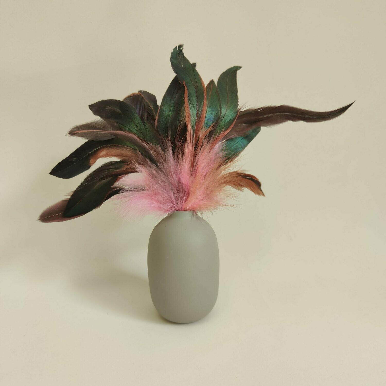 Перья петуха розовые двухцветные 10 - 15 см. 20 шт.