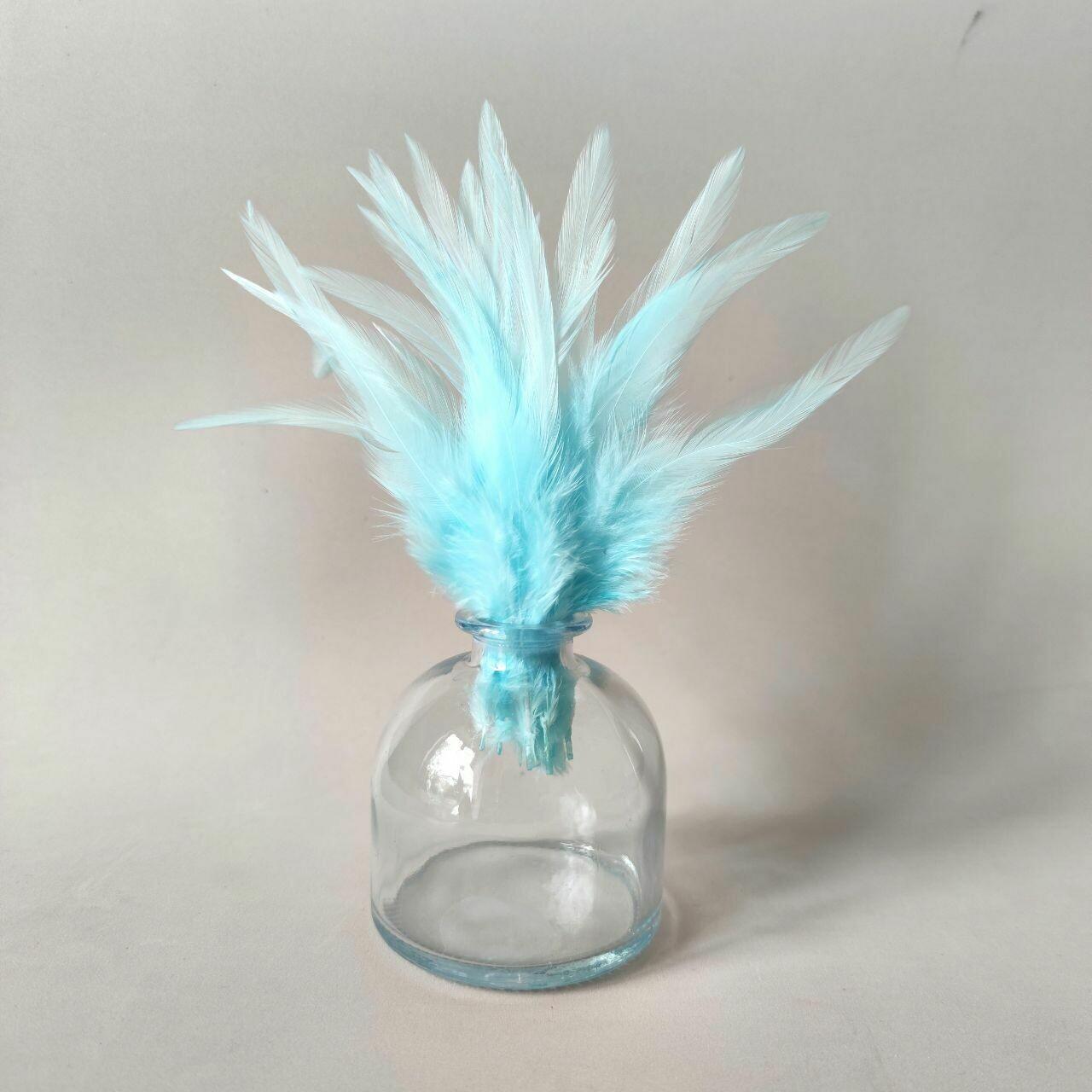 Перья петуха мятно-голубые 7 - 12 см. 20 шт.