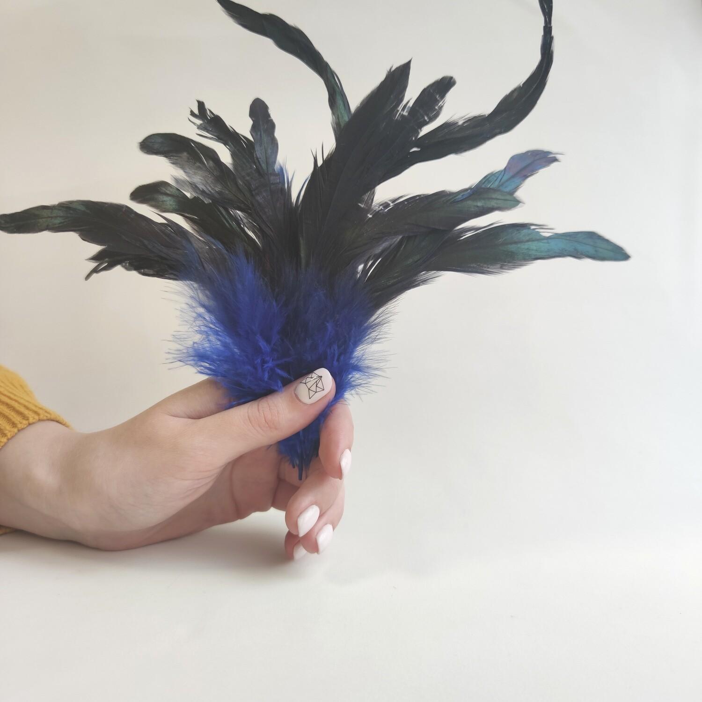 Перья петуха синие двухцветные 2 сорт 20 шт.