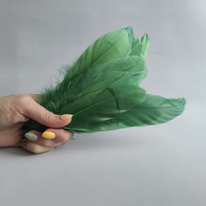 Гусиные перья хаки 2 сорт 20 шт.