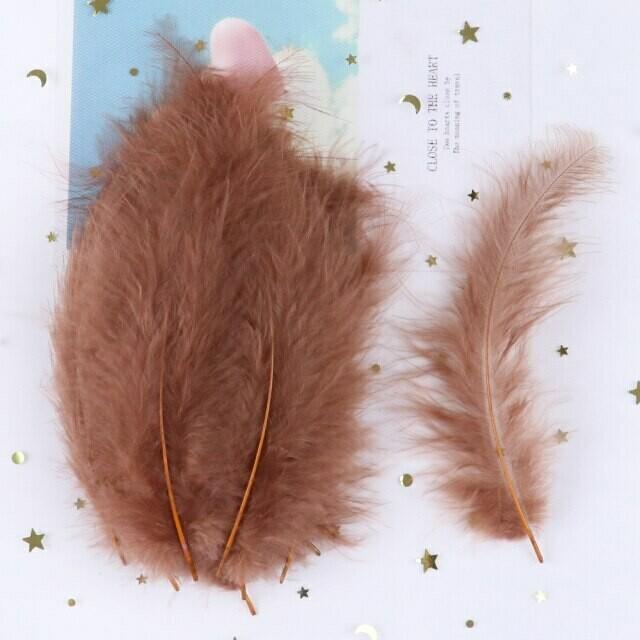 Перья марабу коричневые 15 шт.