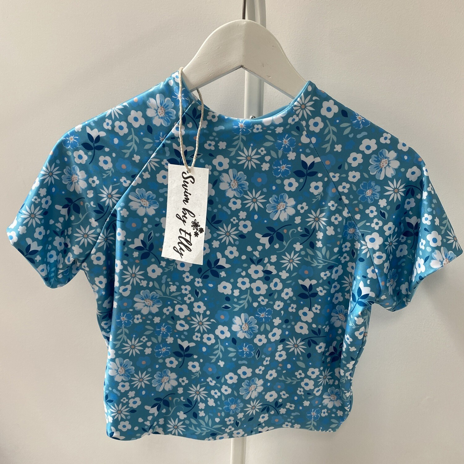 Daisy Top Short Sleeve + Cropped (SIZE L) Blue Floral + Sky