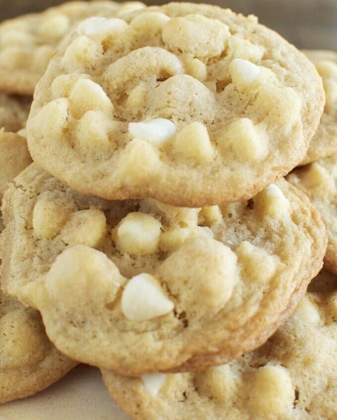 Mazing Macadamia Cookies