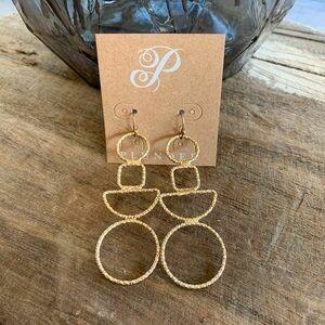 Plunder Quinlyn Earrings