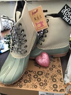 Sage (Plaid Fold) Boots