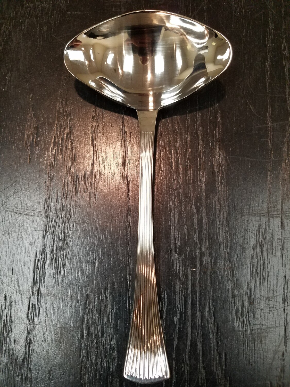 Distinction Sauce Ladle with Spout