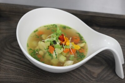 Chicken yakhni |chicken broth spiced aromatic infused chicken broth | chicken | corn | potato | carrots
