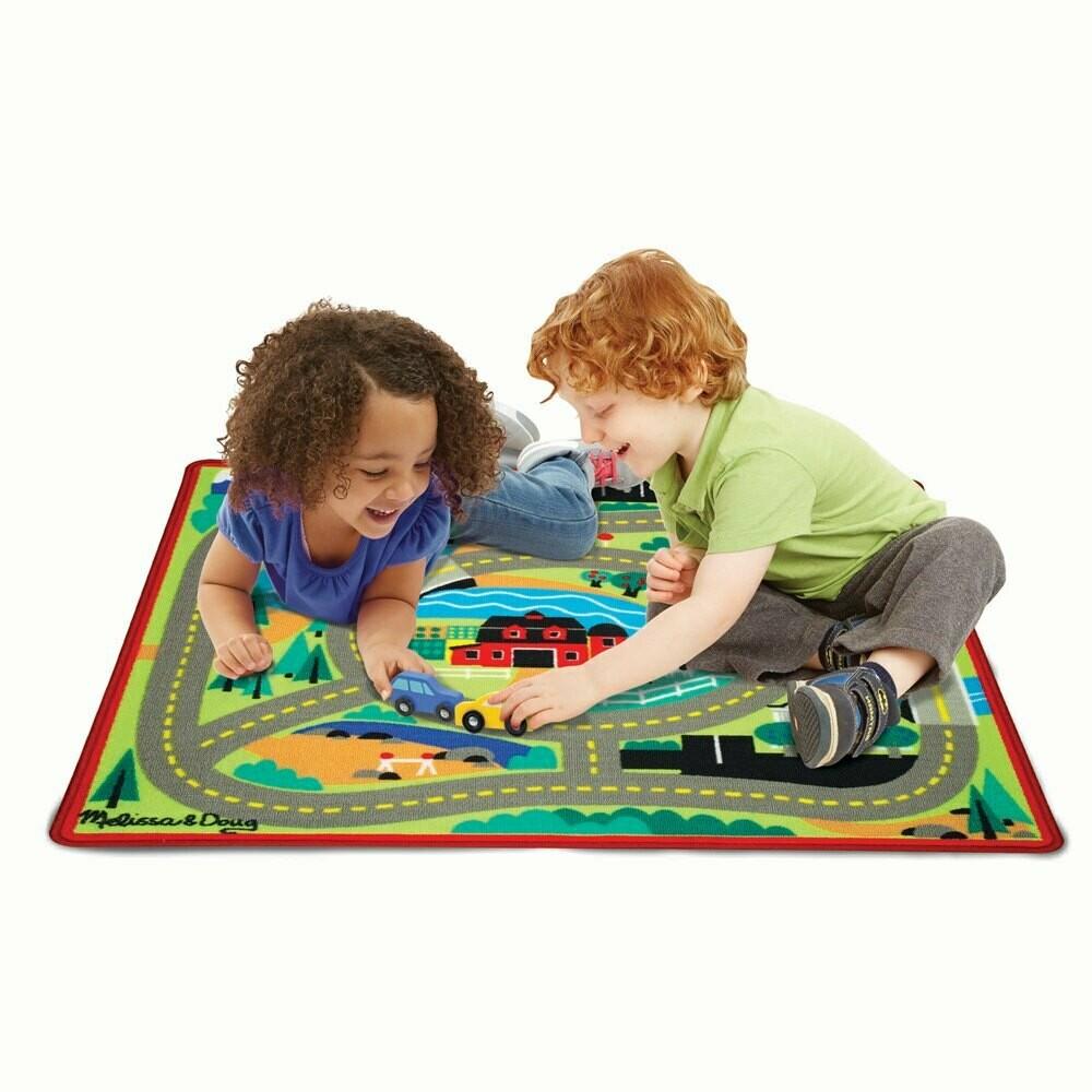 שטיח מסלול מכוניות מבית מליסה ודאג