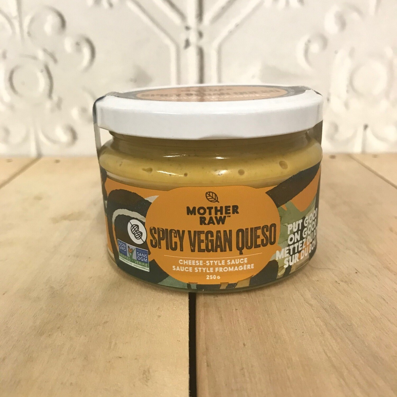MOTHER RAW Spicy Vegan Queso