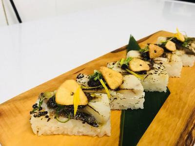 Sime-Saba Oshi Sushi
