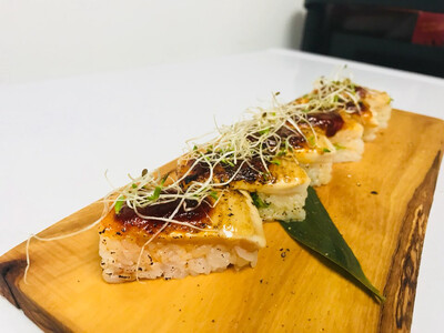 Alfa Tuna Oshi Sushi