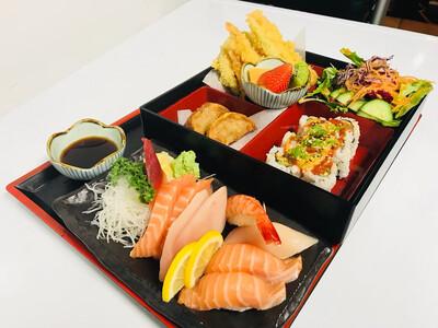Sashimi & Sushi Bento