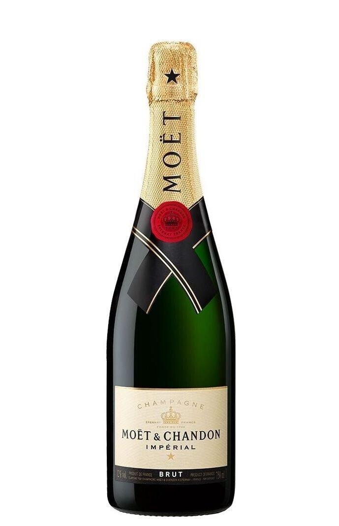 Moet & Chandon Champagne 700ml