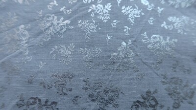 Silver n' gray floral