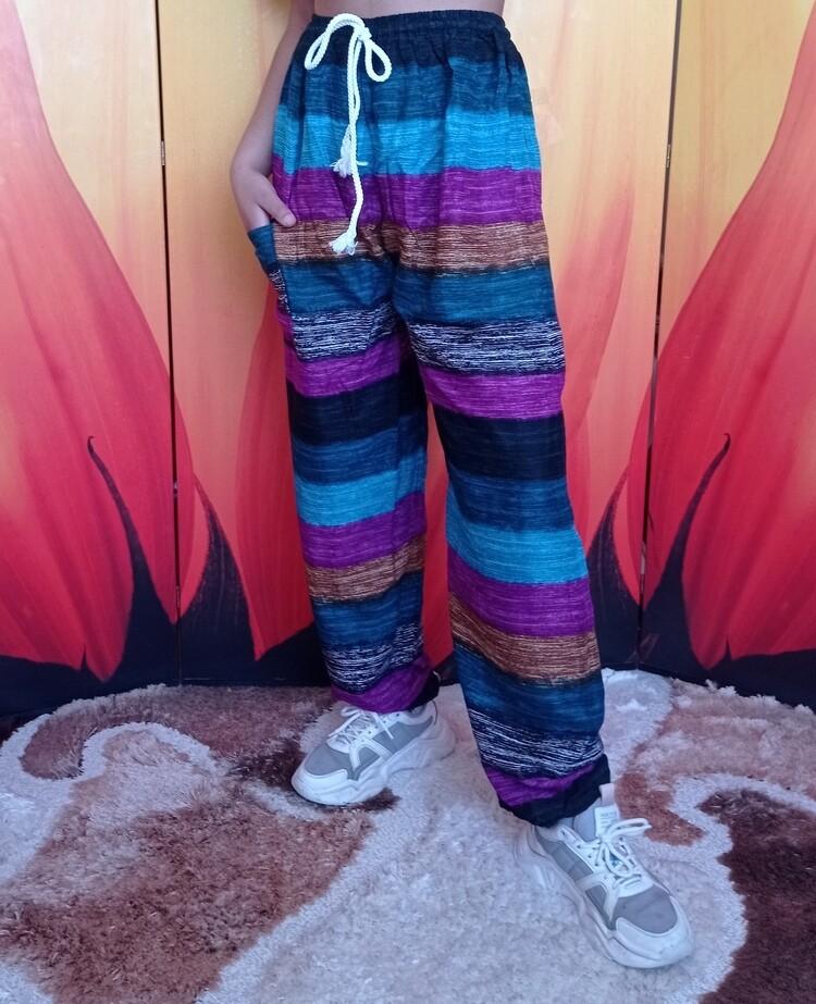 Свободные летние штаны в разноцветную полоску, четвёртый цветовой вариант