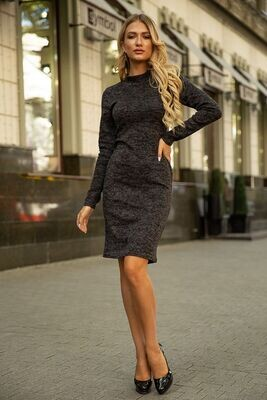 Теплое трикотажное платье с длинным рукавом цвет Светло-серый