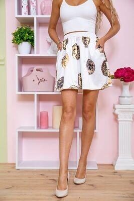 Skirt color White