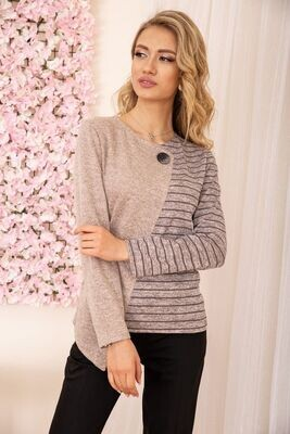 Women's sweater with a curly button color Gray