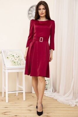 Satin fitted dress in Burgundy