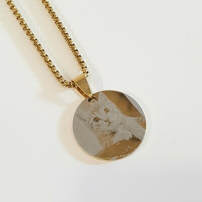 Laser Engraving Small Round Shape Pendant