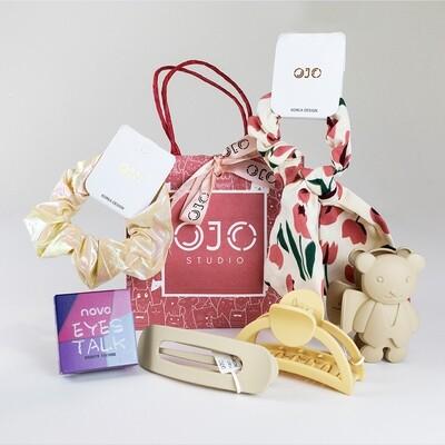 Vanity Bag Cream White + Free Eyeshadow