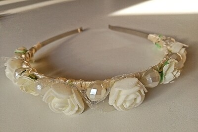 HOLY COMMUNION CROWN