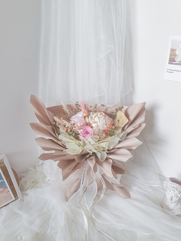 Neutral Pink Rose Bouquet