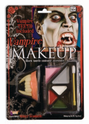 Vampire Makeup With Teeth