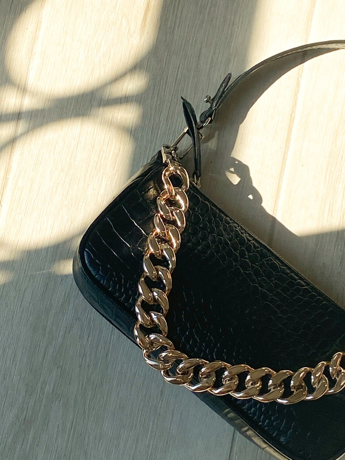 AMBER BAG BLACK CROCO GOLD