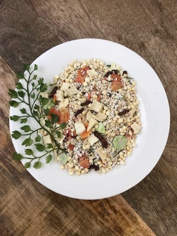 MUSLI s pastinakom, kvinojo in zelenjavo