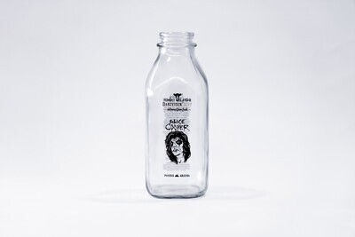 Special 1st edition Alice Cooper bottle