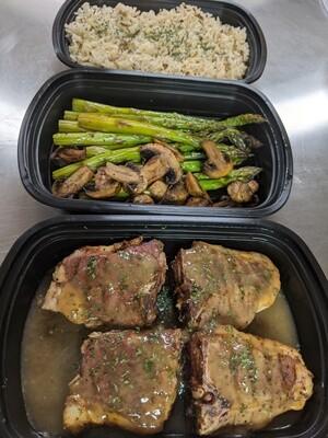 Lamb loin chops w/ side of veggies