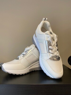 Sneakers white glamour