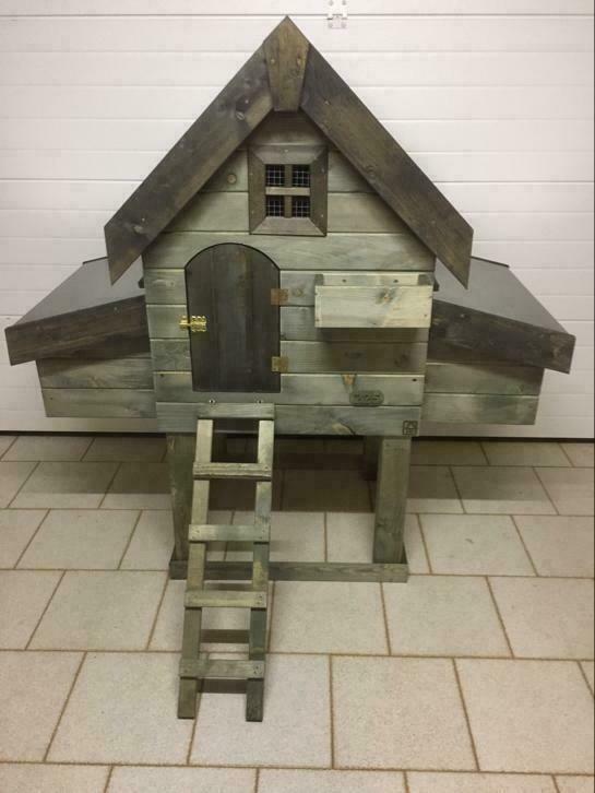Kippenhok Campina 2 Metalen dak en mestlade