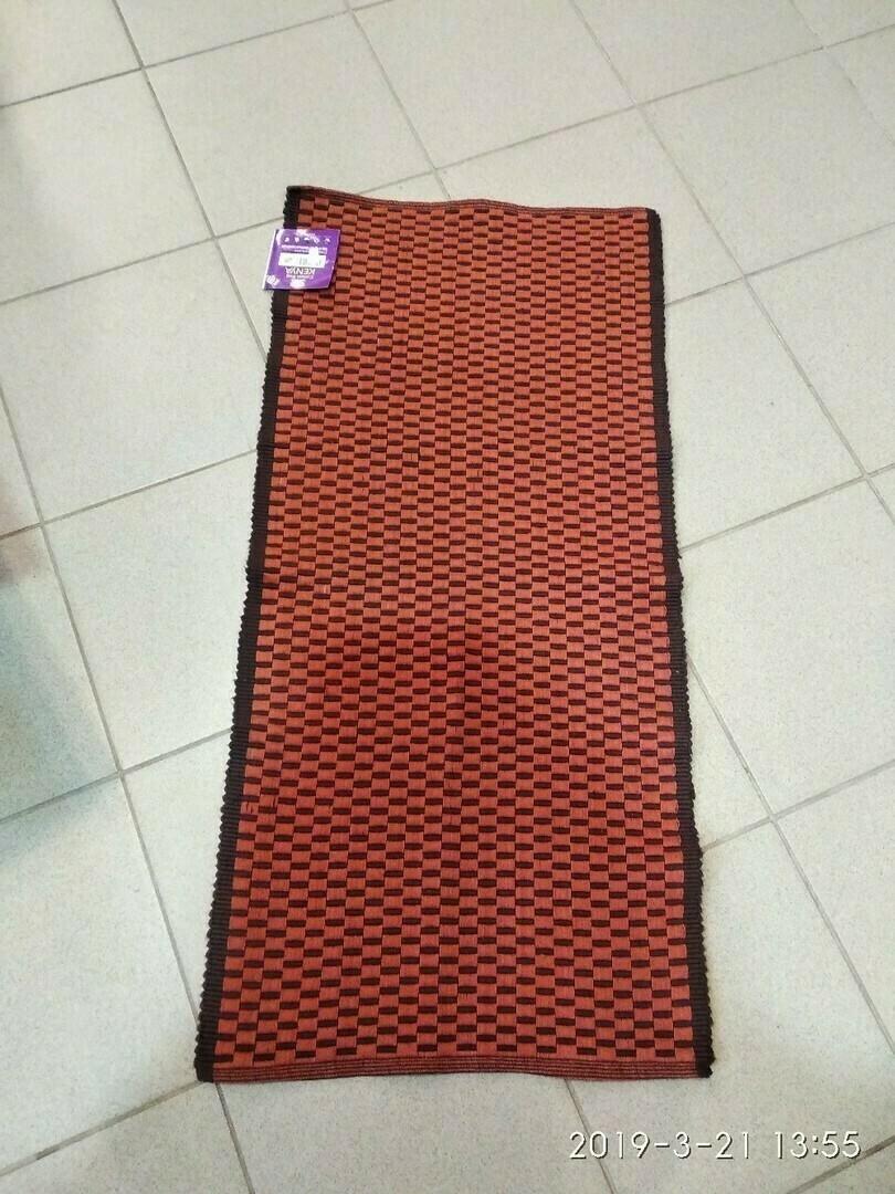 * Хлопковый коврик HELEX С06 Габариты: 100х50 мм; Материал: хлопок.