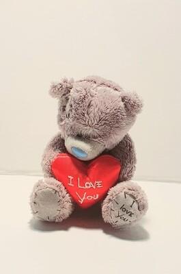 Мягкая игрушка, медведь с сердцем, 9 см