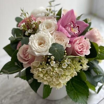 Blush Flower Arrangement (Petite)