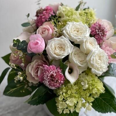 Blush Flower Arrangement (Medium)