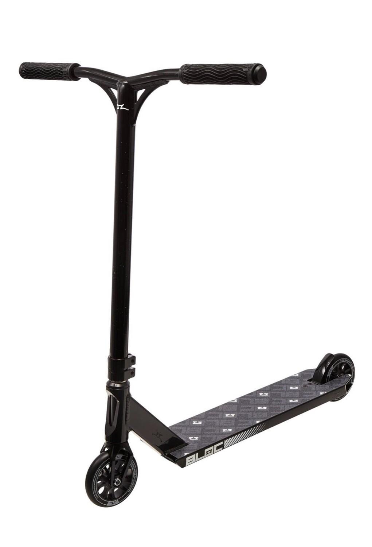 AO Bloc Pro Scooter (Black) triku skrejritenis