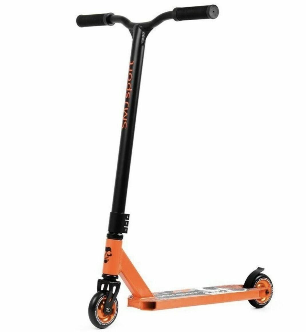 SMJ Sport Mustache Rider scooter triku skrejritenis