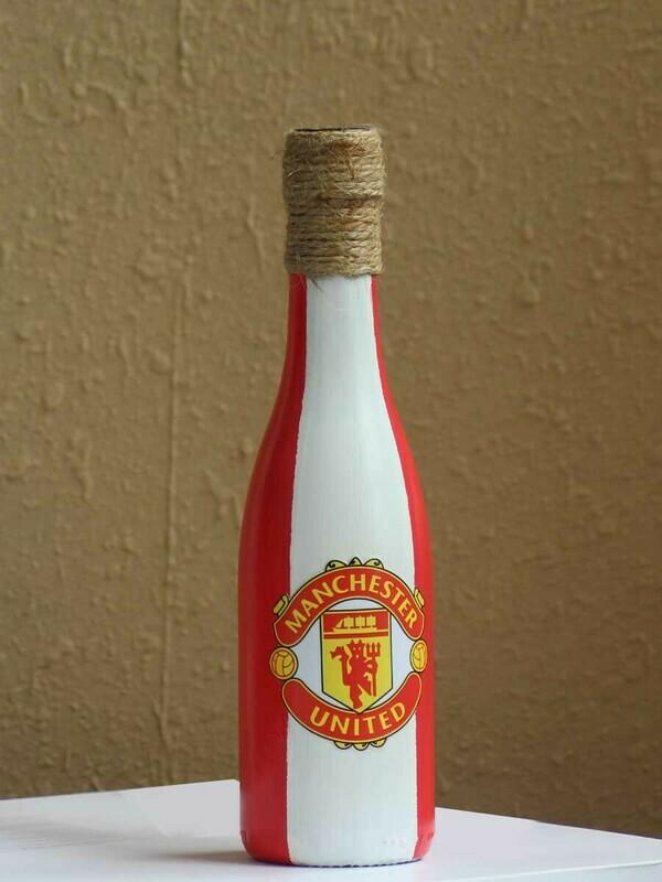 Handpainted Man Utd Bottle