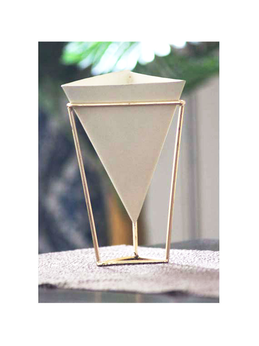 Triangular Shaped Table Top Pot Planter