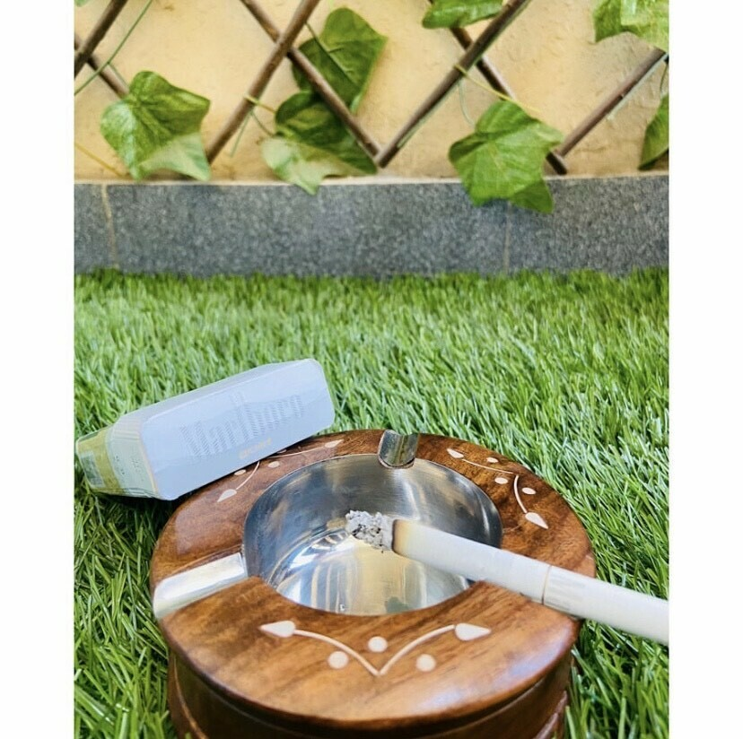 Traditional Old School Wooden Ash Tray