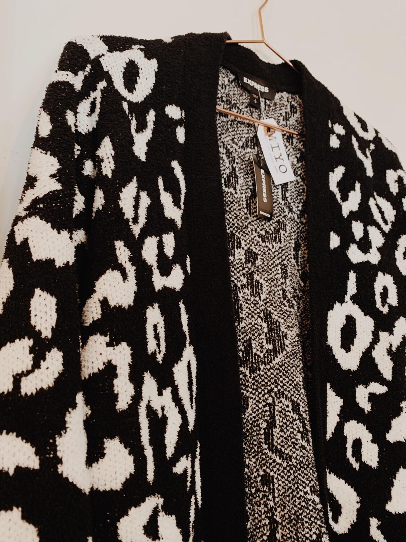 Women Express Sm Cardigan NWT Cheetah Black white