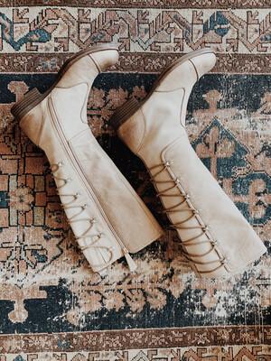 Naya 7 Knee Boot