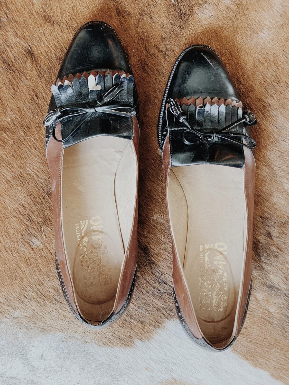 Women Ferragamo Loafer 8 Brown Black Tassle Tie